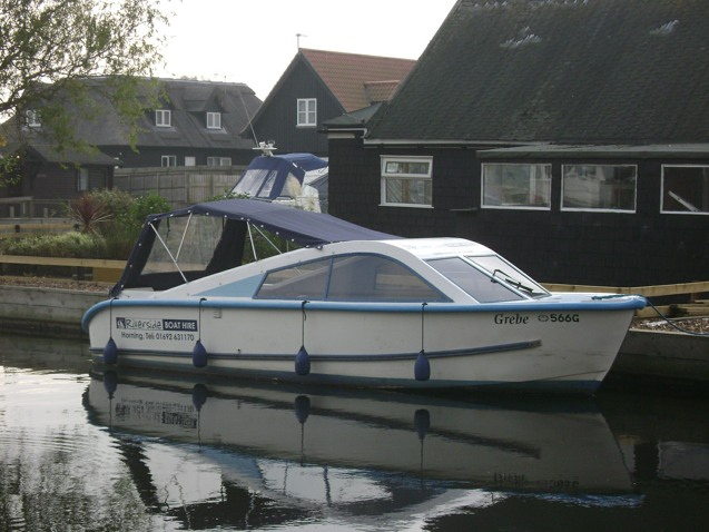 Norfolk Boat Hire Dayboat