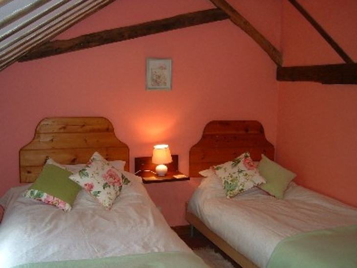 Twin Bedded Room in Barn Owl Cottages