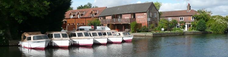 Bank Boats