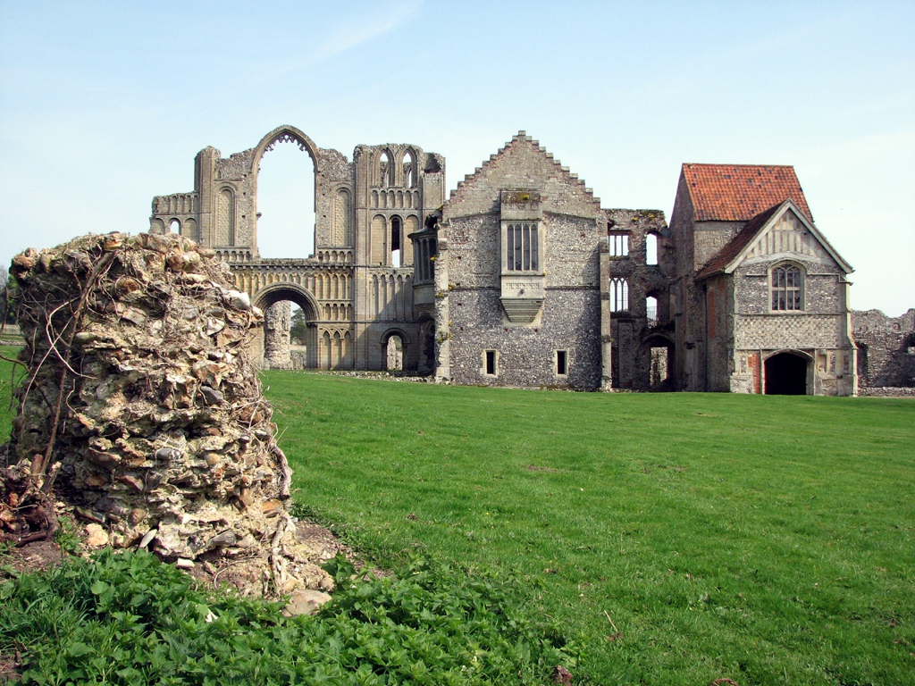 Castle_Acre_Priory_-_geograph.org.uk_-_1707271