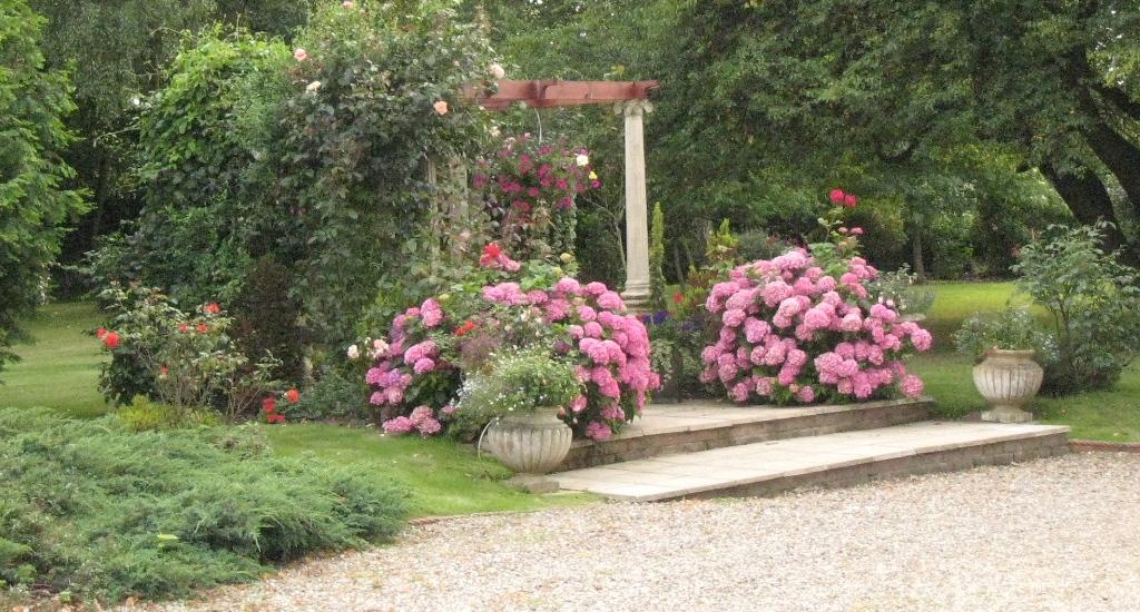 Old Rectory Gardens.jpg
