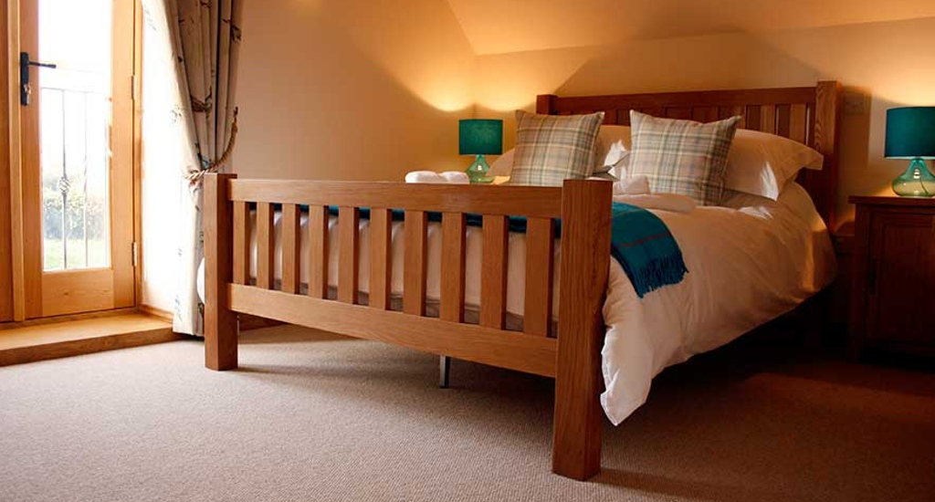 Prince's Barn bedroom.jpg