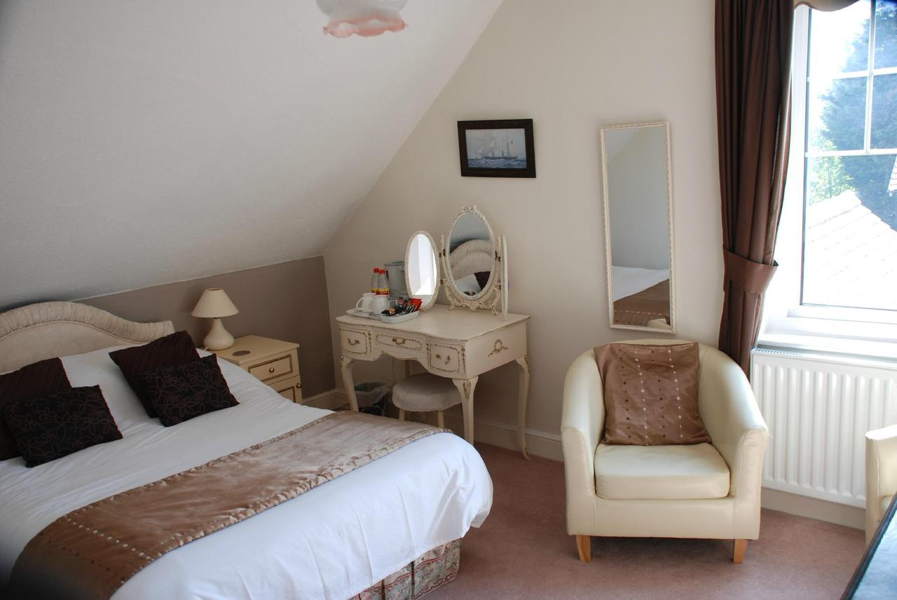 Double Room At Highfield House