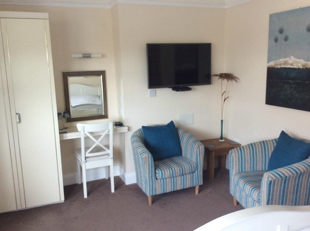 Large Comfortable Bedroom At Highfield House3