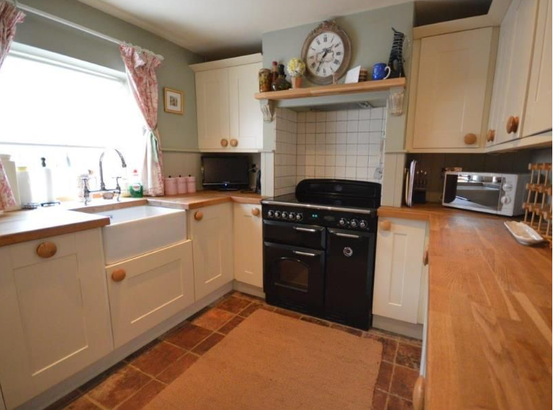 Kitchen of Sutton Cottage in Burnham Market