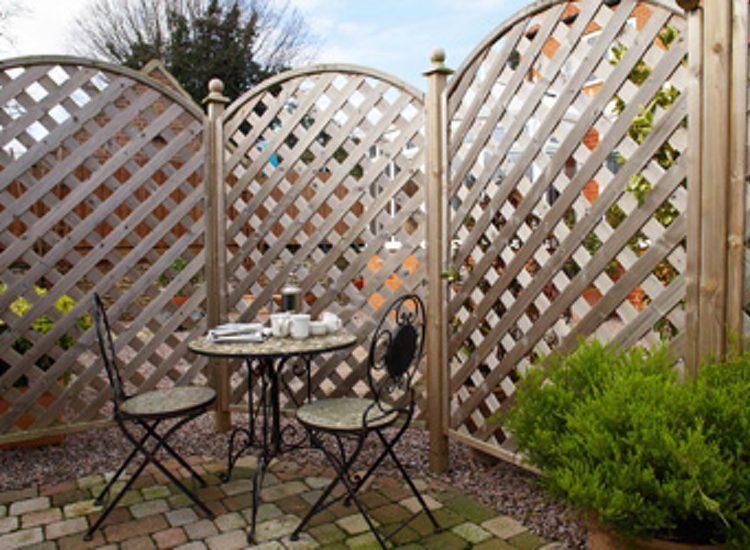 Boxwood Guest House Garden