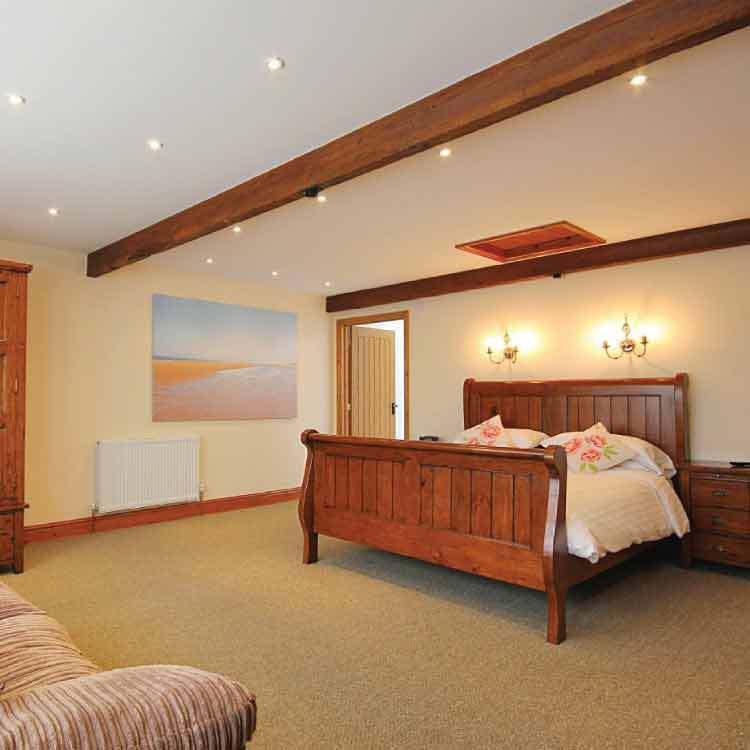Woodlands Holiday Cottage Bedroom