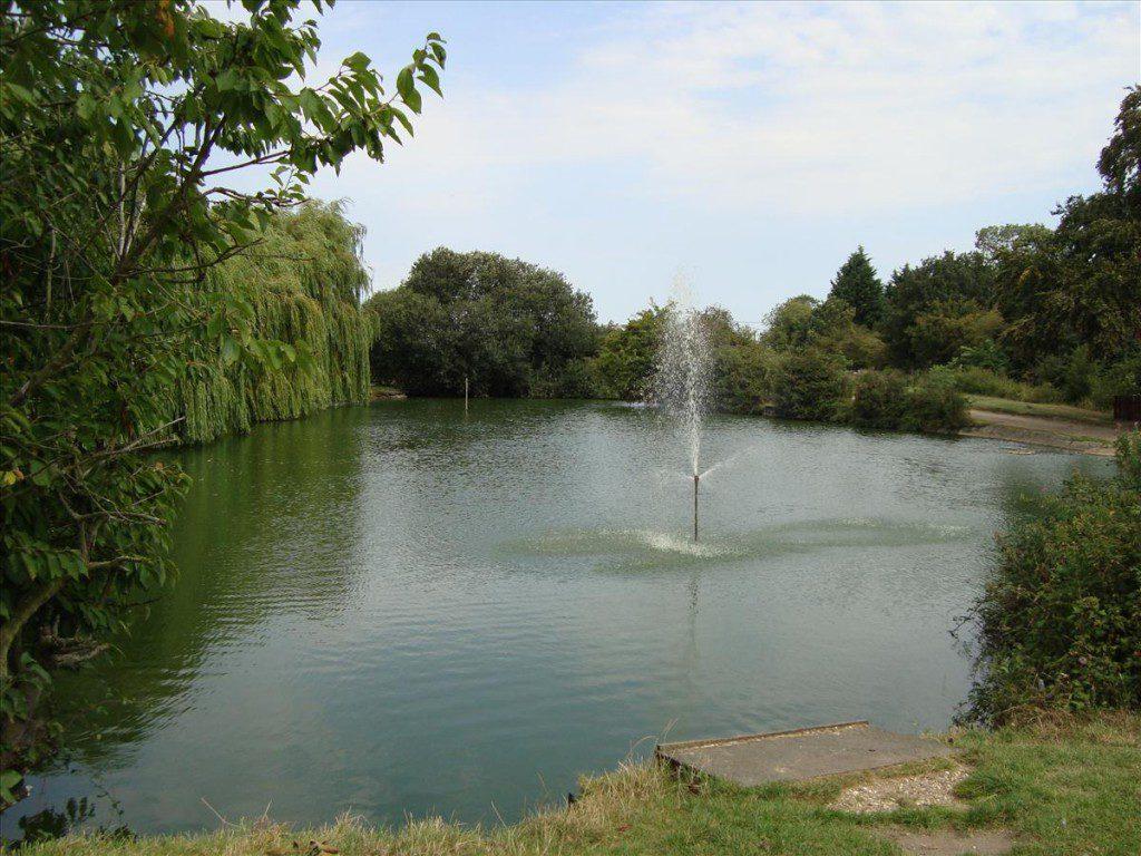 Fishing Front Lake 1 1024X768