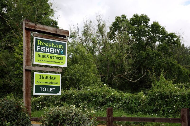 Welcome To Reepham Fishery And Accommodation