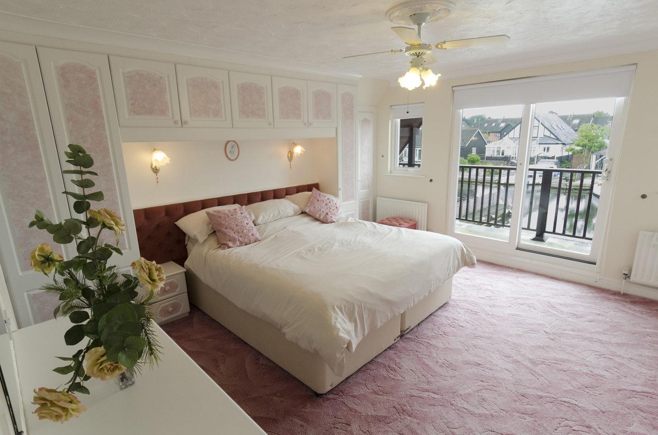Waterside Bedroom 3