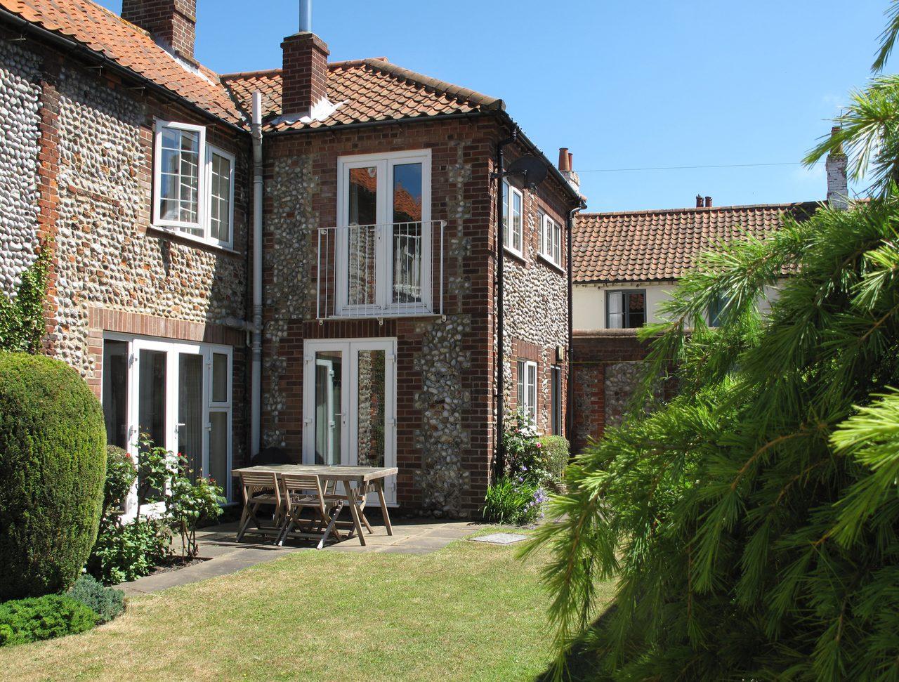 Zetland Cottage Exterior And Garden
